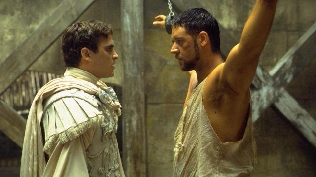 GladiatorMaximusAndCommodus